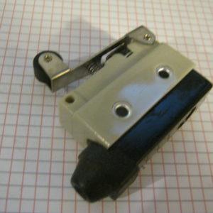 Microswitch  10A Impermeabile con Rotella
