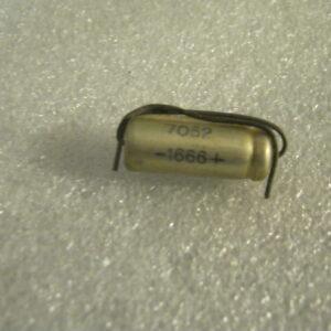 Condensatore Elettrolitico 220uF 12V Assiale