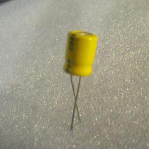 Condensatore Elettrolitico 33uF 35V Radiale