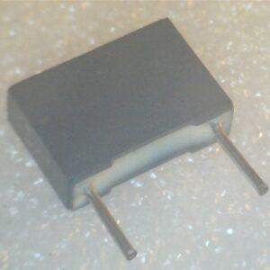 Condensatore Poliestere 120nF 250V Radiale