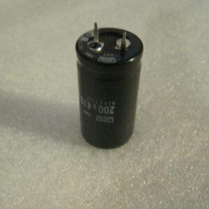 Condensatore Elettrolitico 470uF 200V Radiale