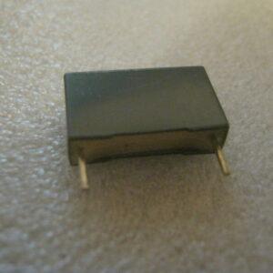 Condensatore Poliestere 100nF 1000V Radiale
