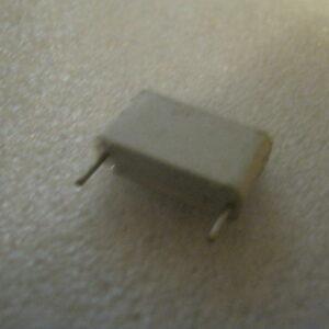 Condensatore Poliestere 27nF 630V Radiale