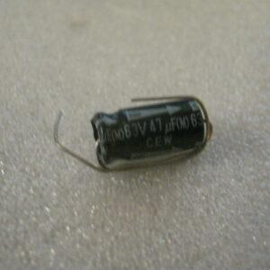 Condensatore Elettrolitico 47uF 63V Assiale
