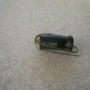 Condensatore Elettrolitico 3,3uF 63V Assiale