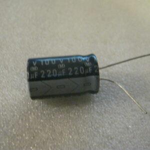 Condensatore Elettrolitico 220uF 100V Radiale